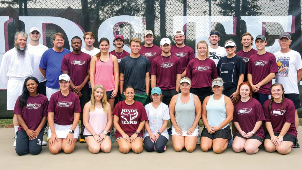 Group photo of tennis alumni