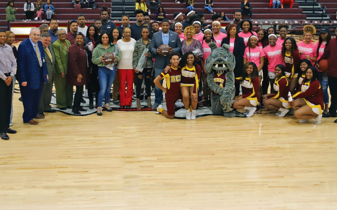 Hoops court named after longtime coach, mentor